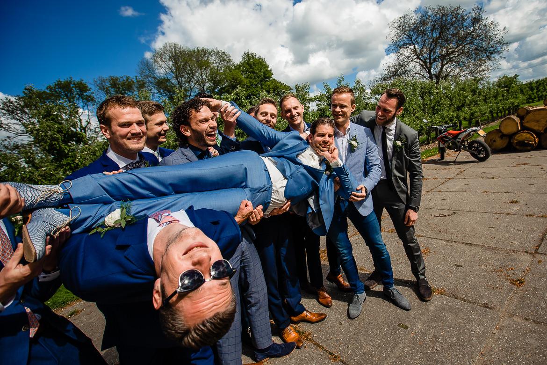 idee leuke groepsfoto's bruiloft